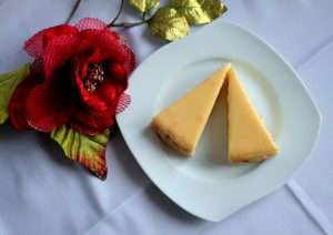 gluten free cheesecake slice