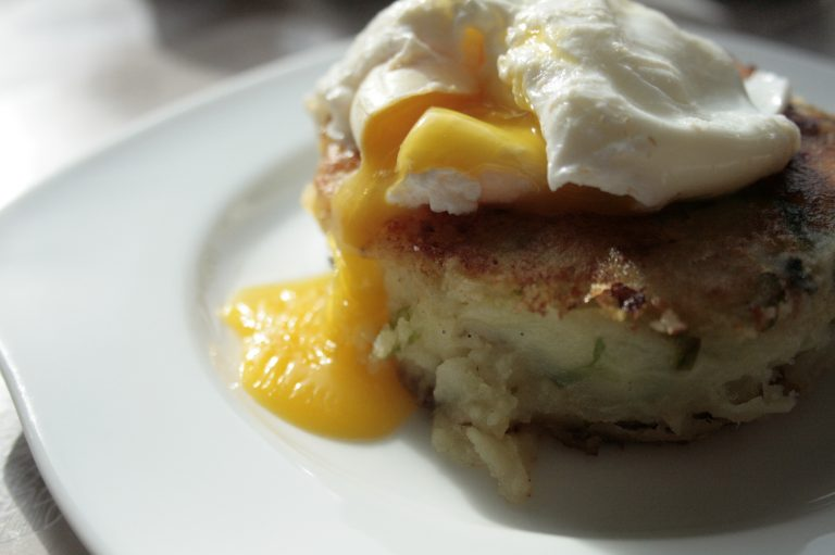 Low FODMAP Bubble and Squeak with Poached Egg