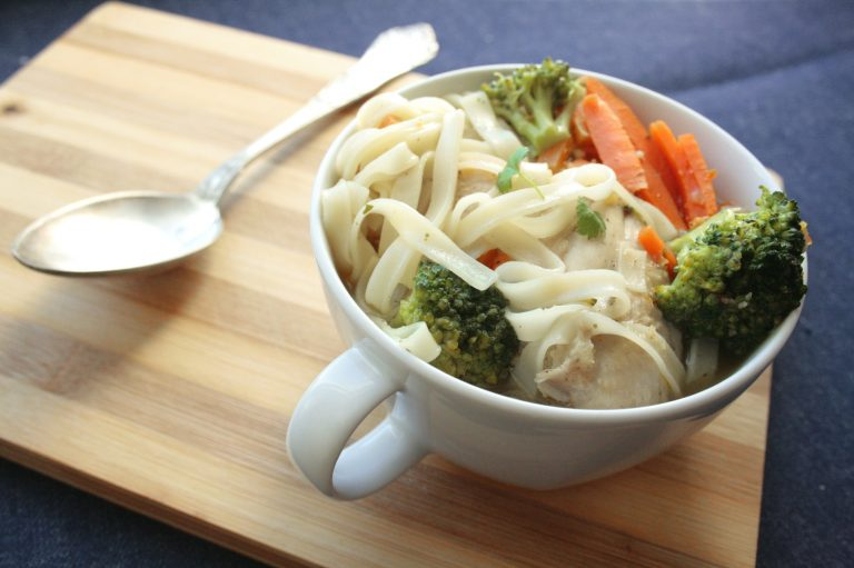 Noodle chicken and vegetable soup