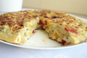 Low FODMAP Spanish Omelette colours