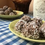 Low FODMAP No Bake Oat Chocolate Balls