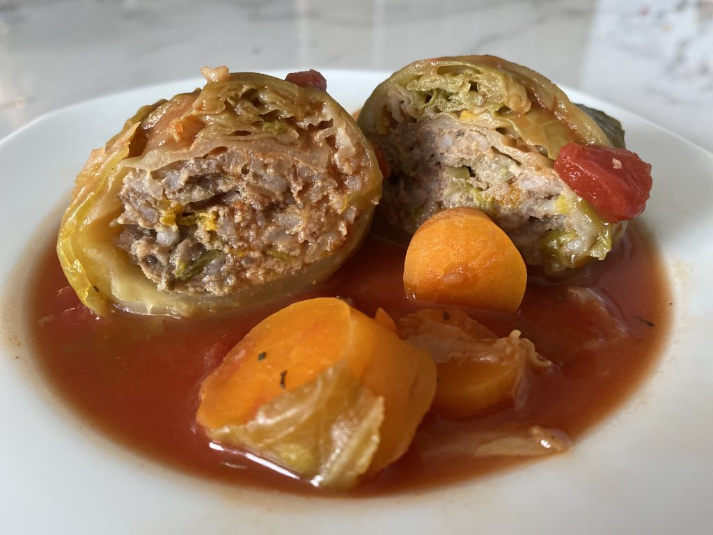 Stuffed cabbage rolls (Low FODMAP)